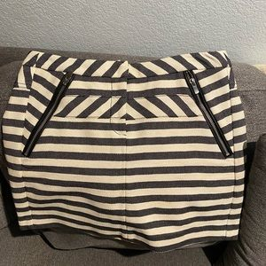 Maje navy blue and cream striped mini skirt Med